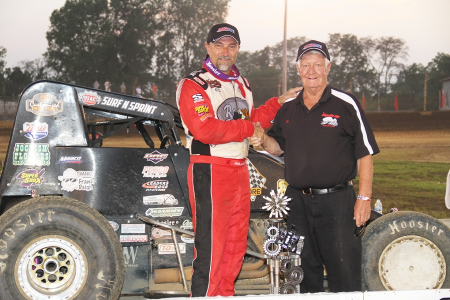 Dave Darland after passing Tom Bigelow's USAC Sprint reord at Smackdown