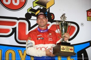 Shane Stewart wins night one at Knoxville