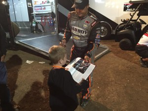 Donny Schatz with a young fan at Cottage Grove Speedway Pic credit Daniel Williams